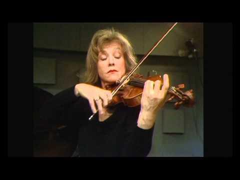 Emmy Verhey & Carlos Moerdijk - Ludwig van Beethoven/ Sonate ops 12 in D, Allegro con brio