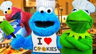 Cooking with Cookie Monster! Kermit the Frog and Cookie Monster's Cooking Show