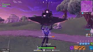 Dakotaz gives noob his first win ever in Fortnite, with HighDistortion