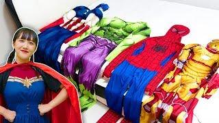 superheroes video for children & kids 슈퍼히어로 변신해서 할머니 도와주기 видео супергероев для детей и детей