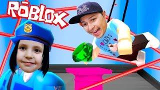 ОГРАБЛЕНИЕ В ROBLOX приключение мульт героя ВРОРИШКИ РОБЛОКСА сбежали от полиции KIDS CHILDREN