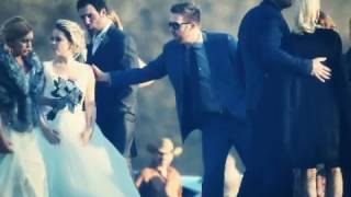 gwen stefani and blake shelton at raelynn s wedding 2016mp4