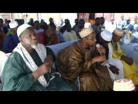 La lecture du Coran de l'association faso djigui ya ton pour le Mali thumbnail