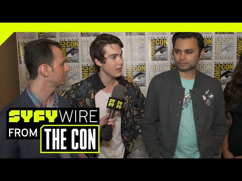 Adventure Time! Finn Jeremy Shada & Jake John Dimaggio Walk Memory Lane  SDCC 2018  SYFY WIRE