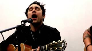 "TRAPT ""not so different"" new song LIVE 2015 acoustic Q102 Rockroom sessions"