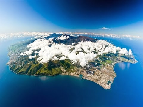Reunion Island | Day 4| St. Gilles, Lady la fee