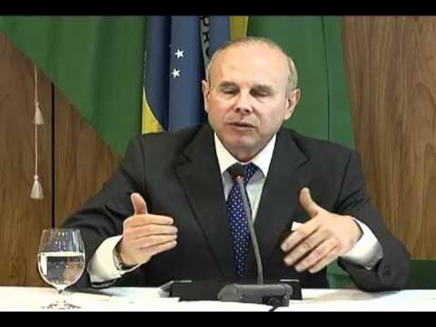 Entrevista coletiva com o ministro da Fazenda Guido Mantega