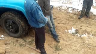 """Воровство песка в Балабановском лесу 2.12.2014 (видео """"Корабелов.Инфо"""")"""