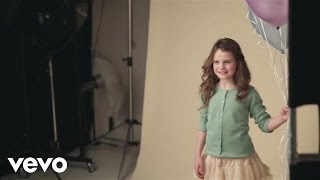 Amira Willighagen - Behind The Scenes (Photoshoot)