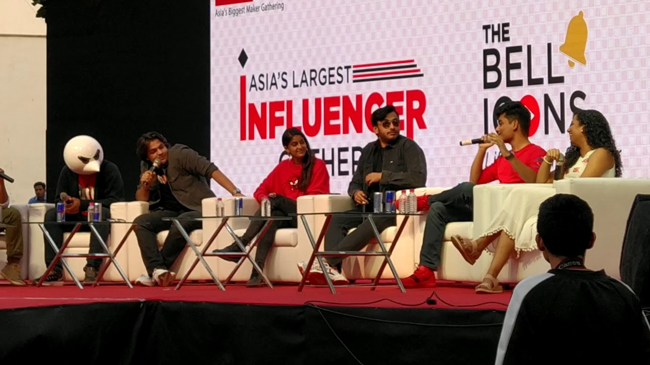 Ashish Chanchlani, Angry Prash, Rawknee & Slay point talking about their favourite creator