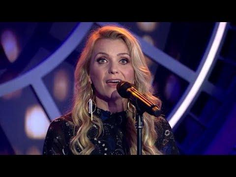 Jenna Lee-James - Memory al Cats - RTL LATE NIGHT MET TWAN HUYS