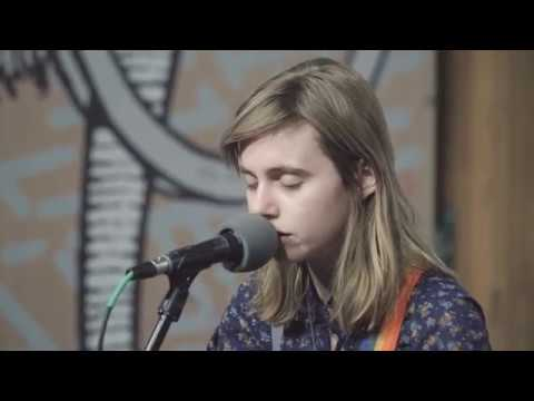 "Julien Baker covers Death Cab For Cutie's ""Photobooth"" Mp3"