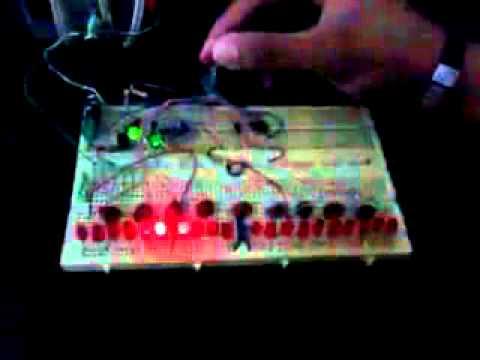 555+4017+inverter = 20 LED chaser - YouTube