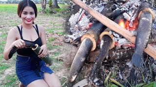 OMG!!! Amazing Pretty Girl Grillad Village Fish in Bamboo - How to Make Cooking in Village Style