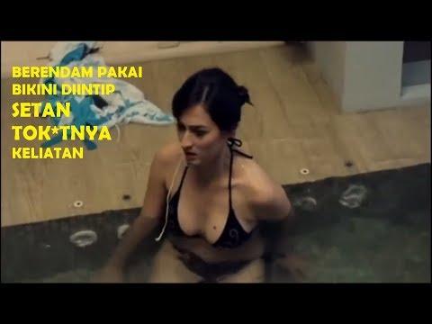 No Sensor - Film Horor Semi Indonesia Jadul - Marisa Christina berendam diintip hantu