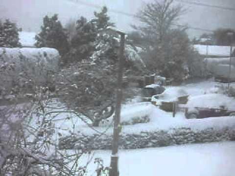 snow england 2010 funny youtube