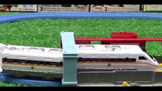 【juguetes de trenes】 Ost Escenario: J-13 Urban Station Tomy. 00828+es