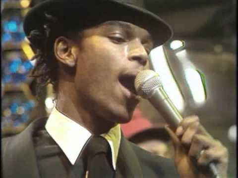 The Beat - Stand Down Margaret (OTT 1982)