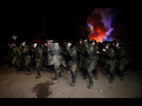 أوكرانيا: محتجون يهاجمون حافلات تقل قادمين من الصين  - نشر قبل 3 ساعة