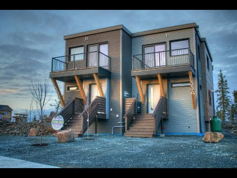 Smplymod prefab duplex harnesses energy efficient design for Modular 4 plex