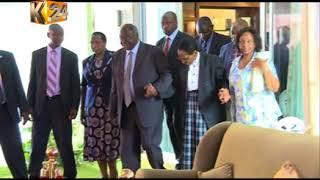 Video Kibaki aitembelea familia ya mwendazake Kenneth Matiba download MP3, 3GP, MP4, WEBM, AVI, FLV Oktober 2018