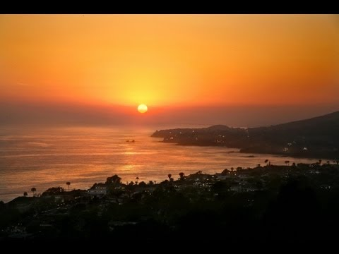 Laguna Beach Walking Tour with Sean McCracken & Janelle Naess (Long Version)