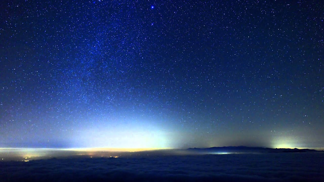雲の上の星空 - YouTube