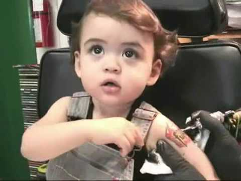 Bebé Con Tatuaje Baby With Fury Tattoo Youtube