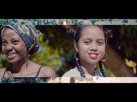 Ndomax MC - Viavy gasy  (directed by KOLITA Manahasilahy Larissa)