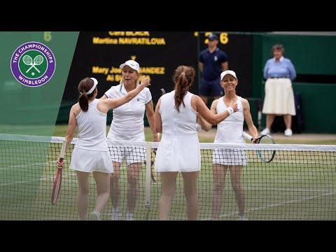 Outstanding doubles point in Navratilova/Black vs Fernandez/Sugiyama at Wimbledon 2019