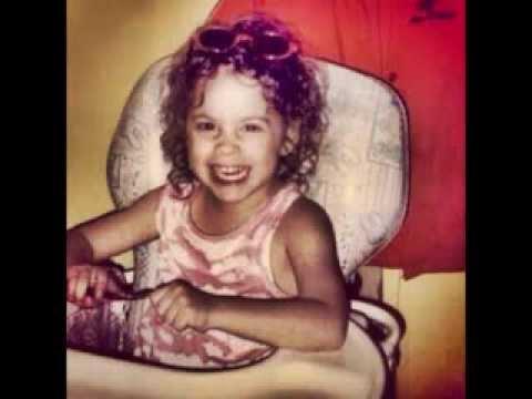 Martina Stoessel de pequeña