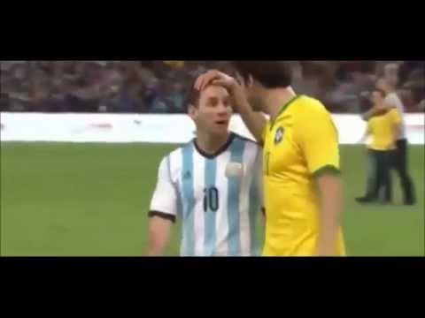 Lionel Messi Hilarious Reaction on Kaká's Head Touch_Brazil vs Argentina 2-0 11.10.2014