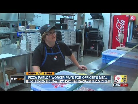 Domino's Pizza employee quietly buys lunch for police officer to say 'thanks'