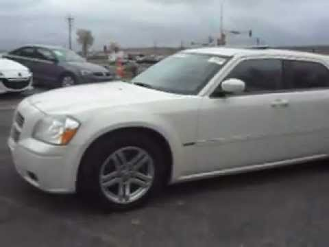 2006 Dodge Magnum R/T, 5.7 liter HEMI V8, Leather, P-roof ...
