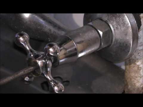 Как поменять кран буксу в смесителе видео