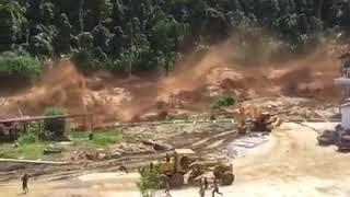 Dahsyatnya Banjir Bandang