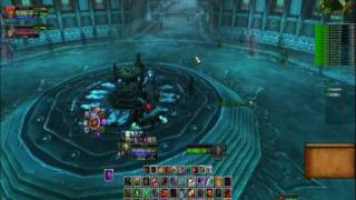 World of Warcraft Fall of the Lich King Gameplay. Jaina finds Frostmourne
