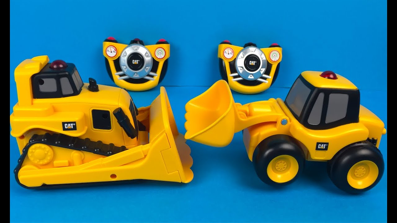 CAT Construction E-Z Machine Loader with Remote Control