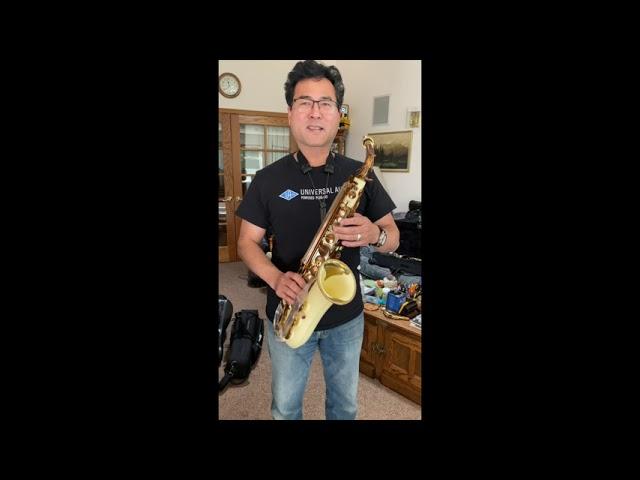 Playing a Grafton Alto Sax  Jeff Kashiwa