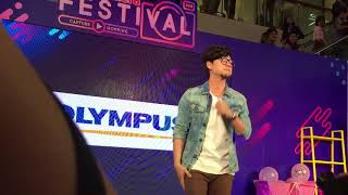 Perfect - Ed Sheeran Cover by Tom Room39 #TomIsara at Central Ladplaow [Olympus Event]