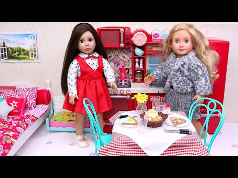 Baby Doll sisters evening routine with pizza dinner! Play Toys!