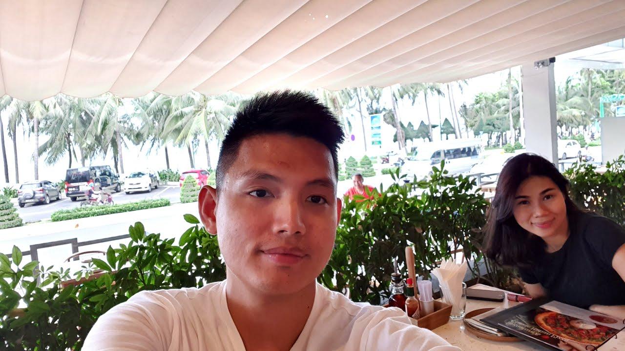 NGẮM BIỂN ĂN PIZZA 4P'S Ở NHA TRANG | Quang Lê TV