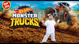 Unboxing NEW Hot Wheels MONSTER TRUCKS GIANT WHEELS 1:64 Diecast Monster Mover TOY REVIEW
