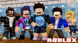 MY FIRST DAY IN THE SCHOOL OF ROBLOX !! - Robloxian Highschool
