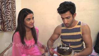 Sidhant Gupta celebrates his birthday with Jasmine Bhasin and Tellybytes..