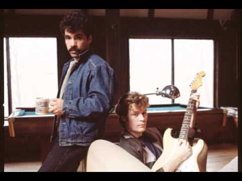 Hall & Oates 1980 Interview on The Robert Klein Hour