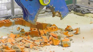 BIG CONSTRUCTION SITE l Demolition with the Liebherr 956 Heavy RC Models