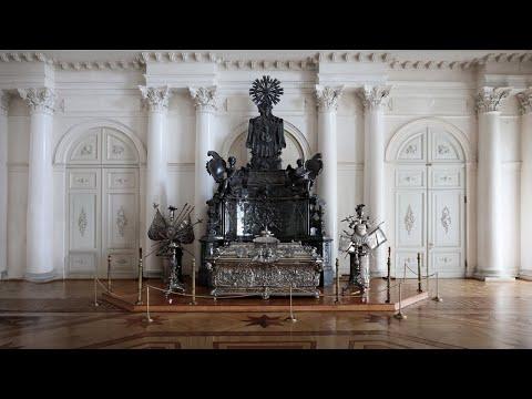 Реставрация гробницы Александра Невского