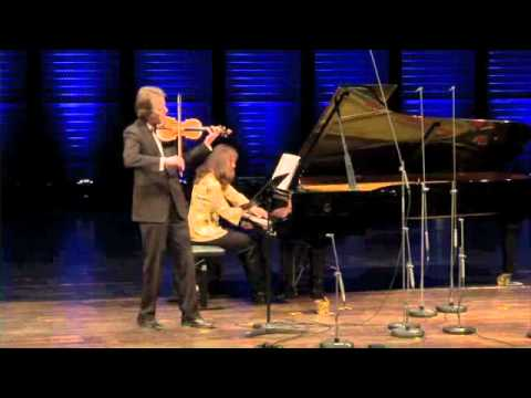 "Ingolf Turban and Débora Halász -Villa-Lobos - Sonata n.1 ""Desesperance"" for violin and piano"
