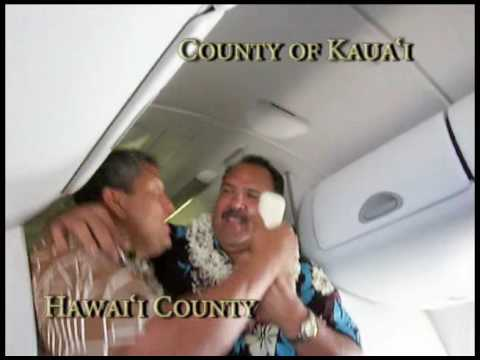 Hawaii Mayors Serenade Mokulele Airlines Passengers
